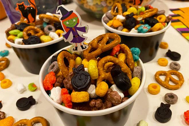 Superberries Super Fruity Halloween Snack Mix